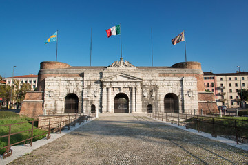 Porta Nuova, Verona