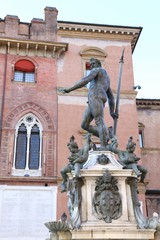 Fountain with nude statue of Neptune and the old palace