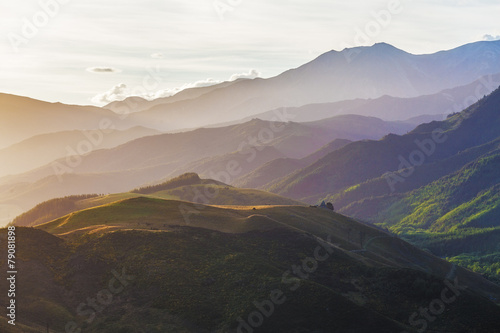 Tuinposter Nieuw Zeeland Beauriful hills of Canterbury near Hanmer Springs at sunset, New