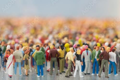 Leinwanddruck Bild Menschenmengen-Miniatur