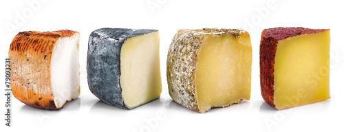quatro tipi di formaggio a fette - 79093231