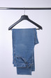 jeans sull'appendino - 79100826