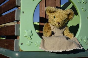 Teddy bear al parco giochi