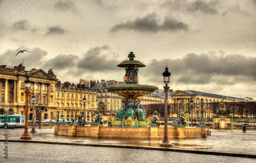 Deurstickers Fontaine Fontaine des Fleuves on the Place de la Concorde in Paris
