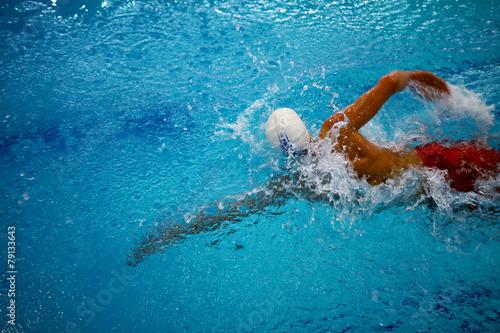 Swimming crawl athlete