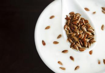 Fresh yogurt with flax seeds