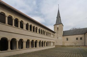 Stiftskirche St. Margareta und  Dormitorium in Asbeck