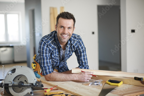 Leinwanddruck Bild He is the best carpenter in town
