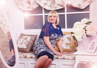 блондинка, интерьер, цветы