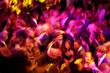 Leinwanddruck Bild - tanzende Menschenmenge