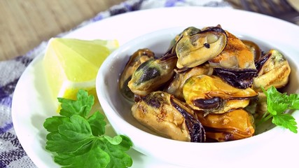 Fresh Mussels (not loopable)