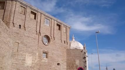 Lateral de la Catedral de Cádiz