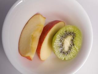 りんごとキウイフルーツ