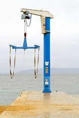 Yacht crane