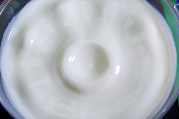 Latte fresco cymatics