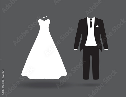 bride and groom break up - 79222824