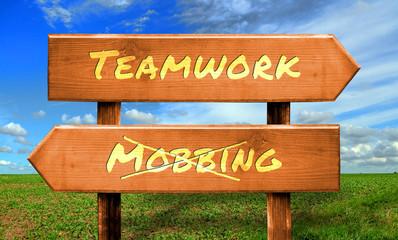 Strassenschild 33 - Teamwork