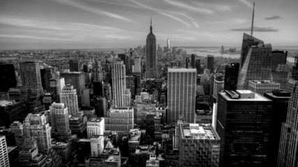 A beautiful timelapse of nightfall in the heart of Manhattan in