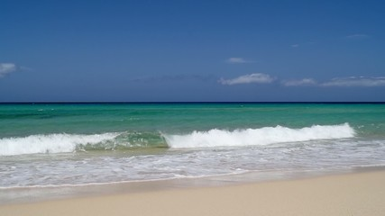 fuerteventura beach and waves 3