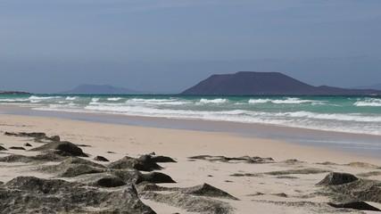 fuerteventura beach and waves 2