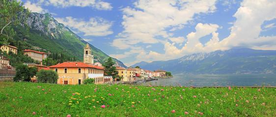 Malerisches italienisches Dorf Gargnano am Gardasee