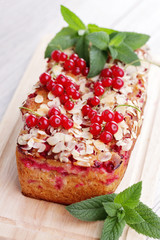 red currants pie