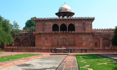 Red sandstone arches and temple near the Taj Mahal
