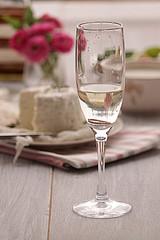 Anello Nel Vetro Di Champagne