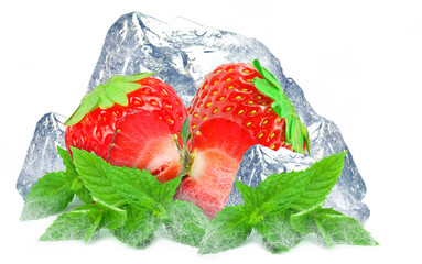 strawberry with mint and ice