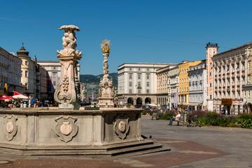 Österreich, Linz, Hauptplatz, Dreifaltigkeitssäule