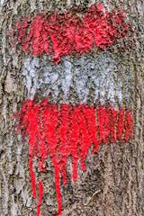 Rot weiß rote Markierung