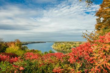 scenic view of Niagara river in Autum