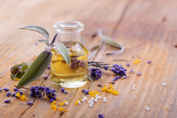 Alternative Medizin - Heilkräuter, Öl, Globuli