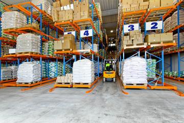 Distribution warehouse