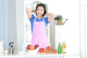 요리를 하는 가정주부