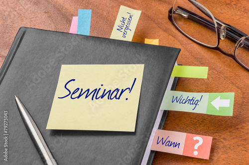 Terminkalender mit Haftnotiz - Seminar - 79275043