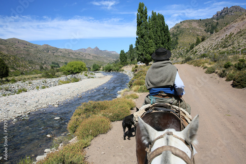 Papiers peints Equitation Horse ride in North Patagonia, Argentina