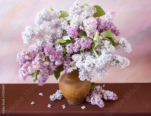 In de dag Lilac Still life with huge bunch of lilac and lily of the valley