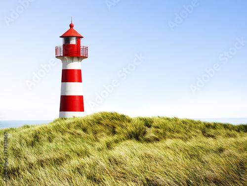 Rot-Weißer Leuchtturm - 79302467