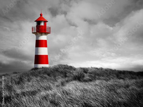 Rot-Weißer Leuchtturm - 79302489