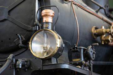Scheinwerfer der Dampflokomotive im Verkehrshaus