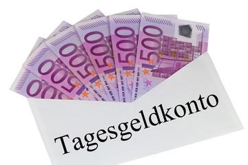 Kuvert mit 500 Euro Banknoten