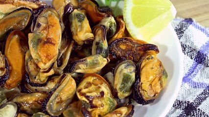 Mussels (not loopable)