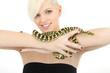 Schlange auf dem Arm