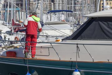 Marinaio lava  yacht