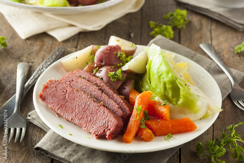 Leinwanddruck Bild Homemade Corned Beef and Cabbage