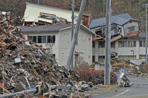東日本大震災津波被害 - 79369430