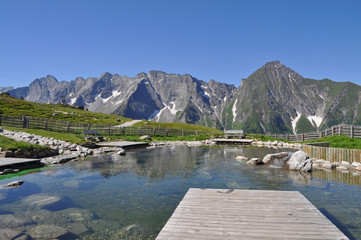 Views of the lake and the mountains of the Ziller valley