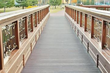 Вид на красивый мост