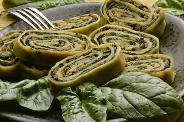 Spinach roll Rotolo di spinaci Rollo de espinacas špenát role